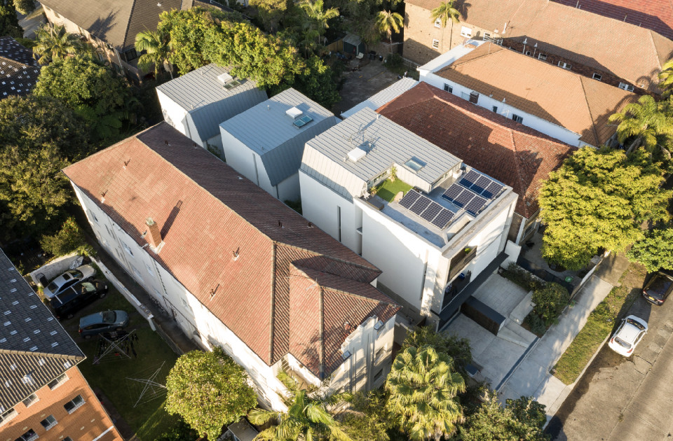 Curlewis Street - Bondi mixed-use apartments and townhouses by McGregor Westlake Architecture